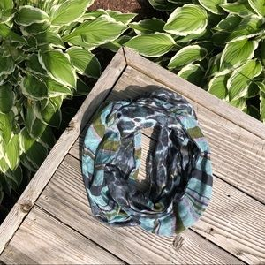 💙 Juicy Couture | Duo Pattern Infinity Scarf